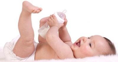 Waspada Alergi Susu Formula Pada Anak! Ternyata Ini Gejala dan Penyebabnya