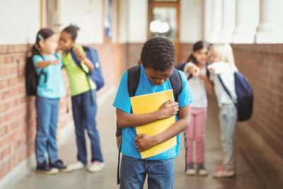 2) Hindari Menjadi Target Bully