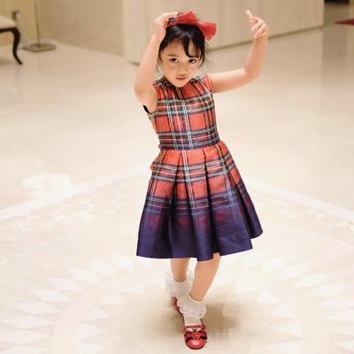 Tiru Nih Moms, Gaya Fashion Balita Cantik Rania Aishalina Putri Astrid Satwika
