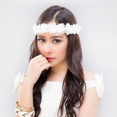 Enggak Harus Kebaya, Ini Fashion Style yang Kece untuk Remaja Saat ke Pesta!