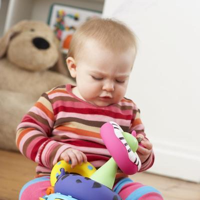 Jangan Keburu Stress! Ini yang Harus Mommy Lakukan Ketika Bayi Menangis