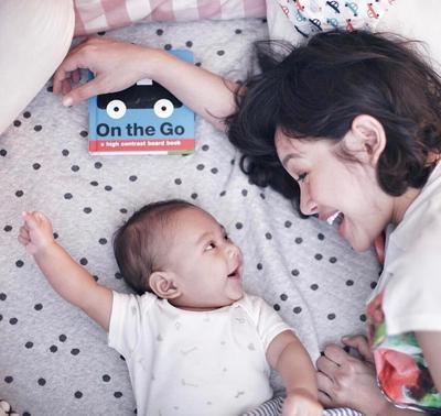 4) Menstimulasi Tumbuh Kembang Bayinya Setiap Hari
