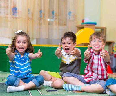 1) Carilah Beberapa Rekomendasi Preschool yang Bagus