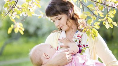 4 Cara Merawat Payudara Selama Menyusui Agar Tetap Bersih dan Sehat