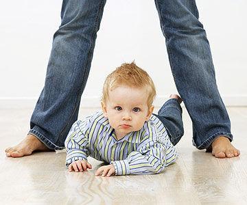 Kapan Bayi Merangkak?