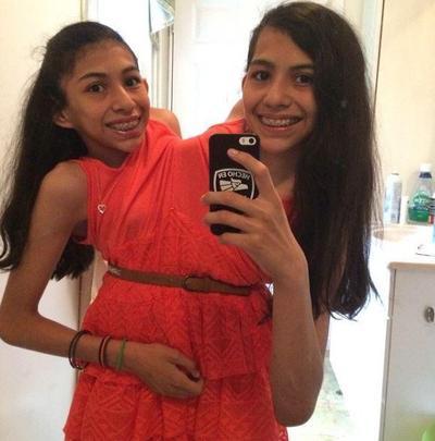 Lupita dan Carmen