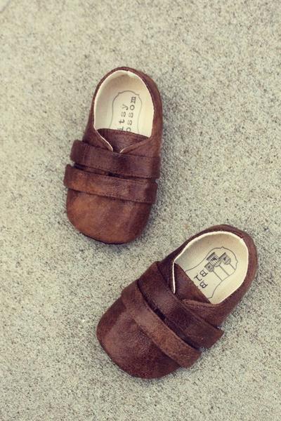 Jangan Sampai Salah Moms, Begini Tips Pintar Memilih Sepatu Anak yang Nyaman