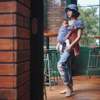 Bikin Iri! Ini Deretan Selebriti Indonesia yang Tetap Langsing Setelah Melahirkan