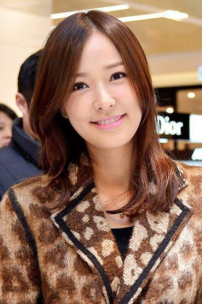1. Son Tae Young