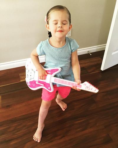 Tips Mendidik Anak Perempuan Agar Mandiri