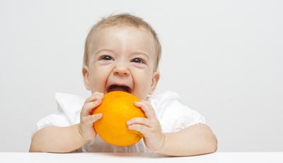 Jangan Salah Pilih Moms! Ini 5 Buah yang Boleh Dikonsumsi Bayi Usia 1 Tahun