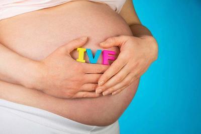 Sebelum Memutuskan Untuk Bayi Tabung, Ketahui Dulu Yuk, Moms Kekurangan dan Kelebihannya