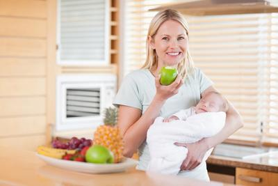 Kembalikan Berat Badan Dengan Tips Diet Pasca Melahirkan Berikut Ini!