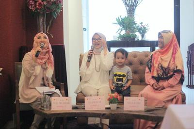 Tema Talkshow Mommynesia