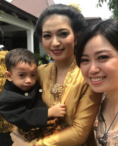 Jan Ethes, Cucu Kesayangan Jokowi Mencuri Perhatian Di Pernikahan Kahiyang dan Bobby, Gemesin Banget!