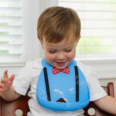 Cari Tahu Alasan Mengapa Bayi Kita Butuh Celemek