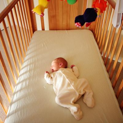 Langkah pertama : Menemukan Waktu Tidur Alami Bayi Anda