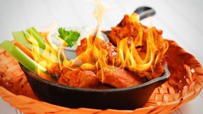 2) Makanan pedas