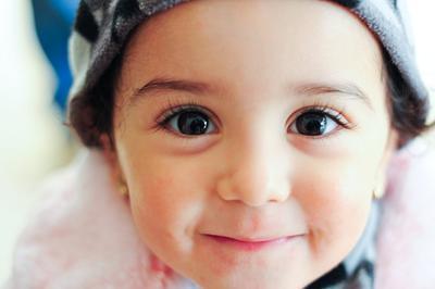 Ini Dia Rahasia Bulu Mata Lentik Pada Bayi. Yuk Cobain Tipsnya!
