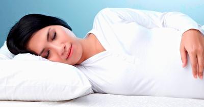 Jangan Sampai Salah, Begini Posisi Tidur Ibu Hamil yang Benar!