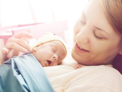 7 Tahapan Perkembangan Bayi Baru Lahir yang Wajib Diketahui Para Orangtua
