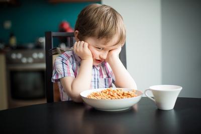 Sabar Ladies, Ini Lho Trik Jitu Mengatasi Anak Susah Makan!