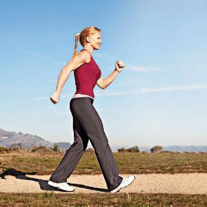 1. Olahraga Jalan Cepat