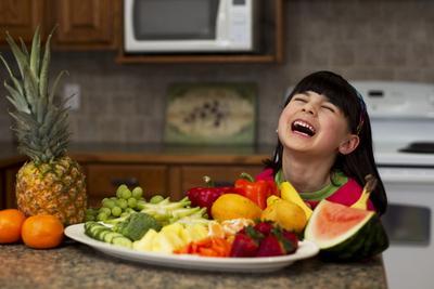 5 Makanan Ini Ternyata Ampuh untuk Mencegah Sembelit Pada Anak Lho, Yuk Coba!
