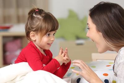 Lakukan Komunikasi dengan Anak