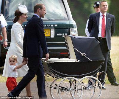 Ini Lho Stroller Anak Tradisional ala Keluarga Kerajaan Inggris yang Unik dan Fenomenal!
