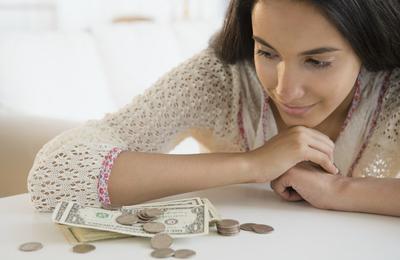 Tips Cerdas Mengubah Kebiasaan Boros Pada Anak Remaja Supaya Bisa Mengatur Uang Jajannya!
