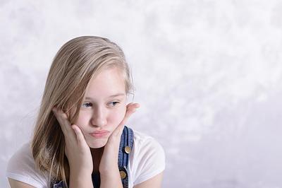 Ups! Ternyata Jerawat Puber Bisa Jadi Pertanda Gangguan Kesehatan Anak Lho Moms!