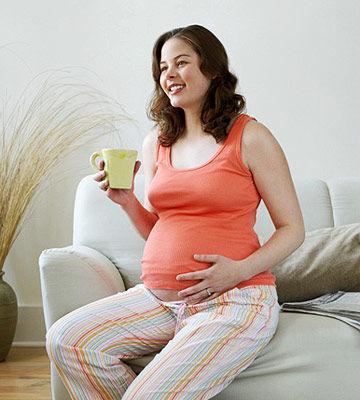 Waduh, 4 Kebiasaan Sepele Ini Ternyata Berbahaya Bagi Kehamilan Lho!
