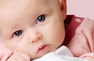 Duh! Kebiasaan Sederhana Moms Ini Ternyata Dapat Menyebabkan Katarak Pada Bayi Lho