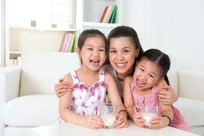 Jangan Salah Pilih, Moms! Ini Rekomendasi Susu Untuk Diminum Anak Usia 1-3 Tahun