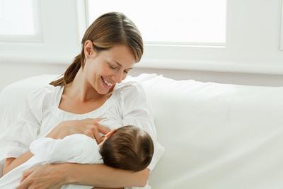 Wah, Ini Dia Fakta Tentang Manfaat Air Susu Ibu Yang Jarang Disadari Oleh Para Ibu!