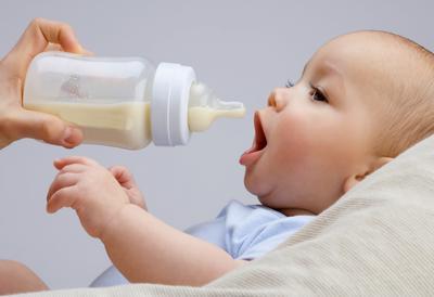 Moms, Ini Dia Fakta Tentang Bayi Dengan Susu Formula Yang Wajib Kamu Tahu!