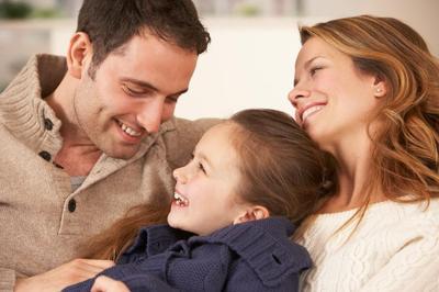Mengioptimalkan Peran Ayah Dalam Pernikahan Jarak Jauh