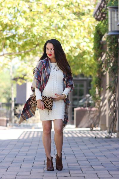 Moms, Ini Dia Daftar 5 Fashion Item Yang Harus Kamu Miliki Saat Hamil