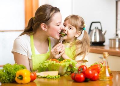 Mengapa Anak Saya Senang Makan Sayur?