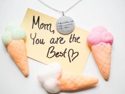 Selamat Hari Ibu! Yuk, sayangi dan hargai pilihan sesama ibu ;)