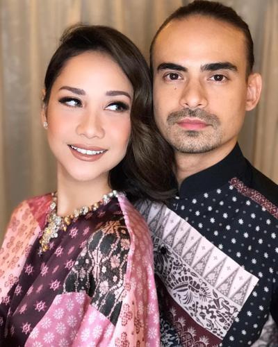 Wow, Ini Dia Pasangan Suami Istri Artis Indonesia Yang Selalu Tampil Fashionable