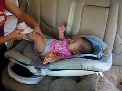 2. Manfaatkan Sofa Mobil