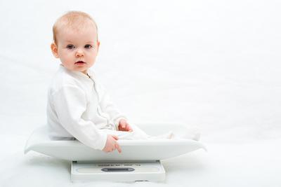 Ini Dia Pertambahan Berat Badan Bayi Usia 0-12 Bulan yang Ideal, Moms!