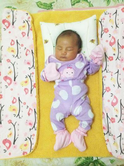 DIY Baby Photoshoot: 1 - 8 Bulan, Cuma Butuh Selimut, Handuk & Buah Aja!