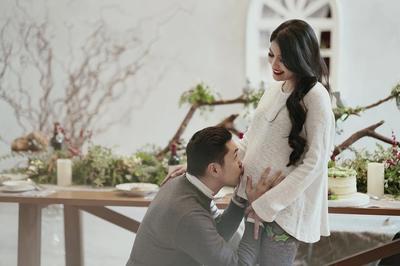 Tetap Cantik di Depan Suami Saat Hamil, Yuk Cobain Perawatan Wajah Ini Moms!