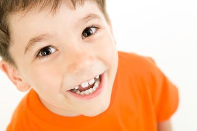 5 Hal yang Moms Perlu Ketahui Soal Pertumbuhan Gigi Anak