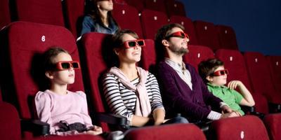 Ingin Mengajak Anak Nonton di Bioskop? Ini Dia Tipsnya