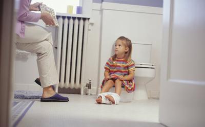 Moms, Ini Dia Tips Toilet Training Anak Yang Wajib Kamu Coba!