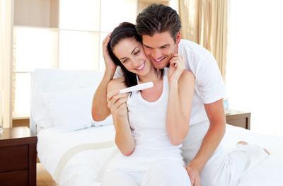 5 Ciri Suami Idaman Bagi Ibu Hamil